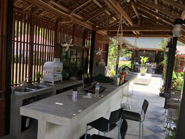 koh samui caravans bar.pokerdiaries